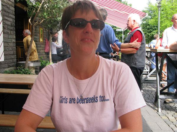 Merideth at Brauerei im Füchschen