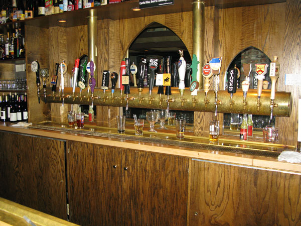 The taps at Novare Res Bier Cafe